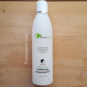 dermasafe exfoliating cleansing gel_edit